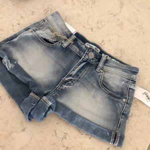 Indigo Rein Jean shorts size 1 distressed but NEW